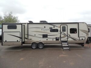 2019 Forest River RV Rockwood Signature Ultra Lite 8326BHS