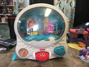 AQUARIUM BÉBÉ - FISHER PRICE