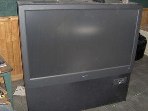FREE magnavox rear projection hdtv monitor