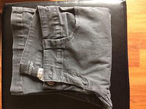 EUC women's size 5 Garage brand grey jeans