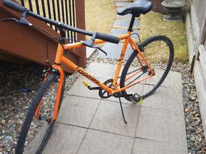 Flat Bar Fixie Men's Bike 175$ OBO