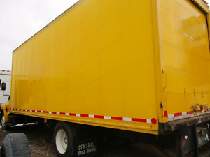 2005 hino 238  WITH  26ft  BOX truck $13,000 OBO