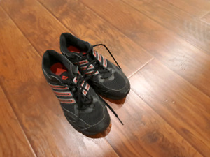 Addidas sneakers size 8.