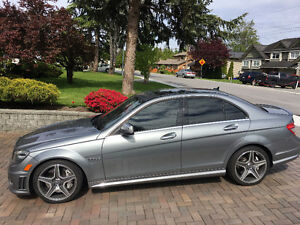 2009 Mercedes-Benz C63 AMG - Super Low Km's