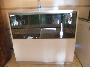 large commercial display cabinet in exc cond