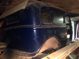 1933 Plymouth for restoration