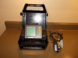 Humminbird LCR400 ID portable fishfinder