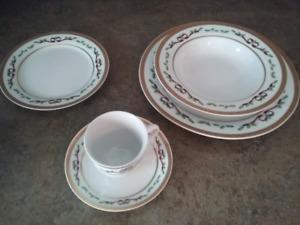 Set de vaisselle de collection Royal Héritage