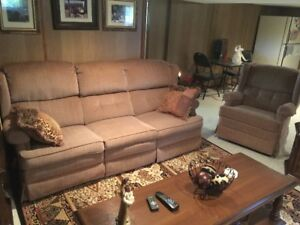 El Ran Reclining Couch and Chair Set