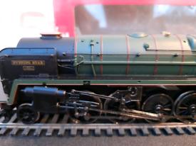 """Hornby Railways """"Evening Star"""" """"00"""" gauge engine"""