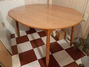 Table en bois avec rallonge 12''