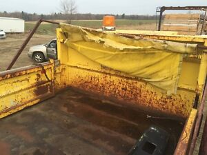2002 12 FOOT DUMP BOX ONLY $2595 London Ontario image 2