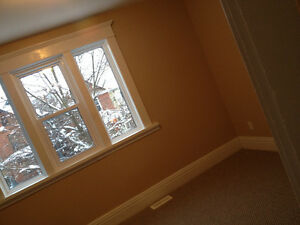 Beautiful Home Downtown Peterborough! ALL INCLUSIVE JAN-MAY Peterborough Peterborough Area image 9