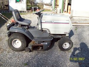 white lawntractor