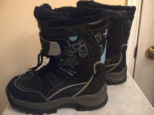Kids Winter Boots, Hats