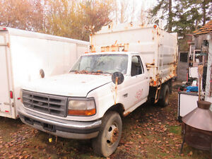 1997 Ford F-450 Garbage Truck