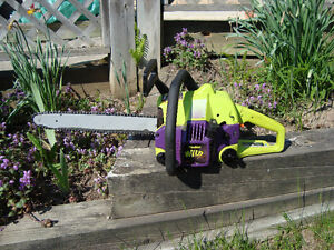 """Chainsaw - 40cc /18"""" Poulan Wild Thing 2375 (Serviced)"""