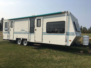 28 foot camper trailor for sale or trade for farm tractor