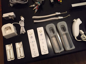 Wii Console & Balance Board, Accessories, Games, Bags London Ontario image 7