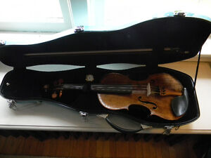 Antique Nicolaus Amati violin with one piece back 4/4 size Kitchener / Waterloo Kitchener Area image 7