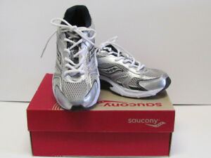 Brand New in Box Boys Saucony Running Shoes Size 11