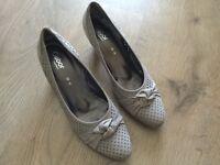 Gabor suede ladies court shoes