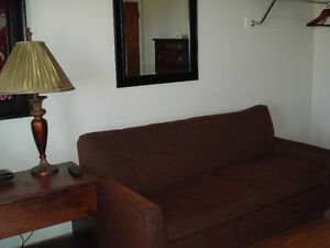 Anchor Motel Apartment fully equipped $700.00-1 month only!