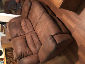 5 Seatter SoFa Set and Chair - All Recliners