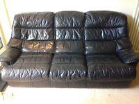 Black leather 3-piece sofa suite