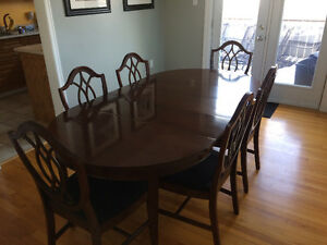 Gibbard Mahogany dinning room table and chairs