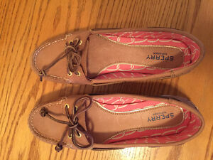 Size 8 Sperry's