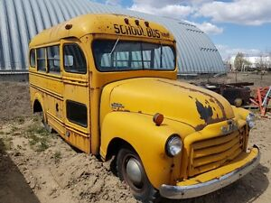 1950 GMC short school bus  (reduced)