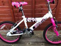 Girls bike, up to 9 years old in fantastic condition