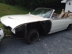 1962 Ford Thunderbird converible