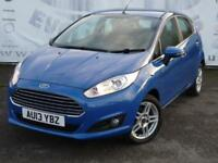 2013 FORD FIESTA 1.6 ZETEC 5 DOOR AUTOMATIC CD RADIO WITH BOTH AUX AND USB INPUT
