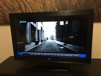 32 inch LG LCD tv like brand new