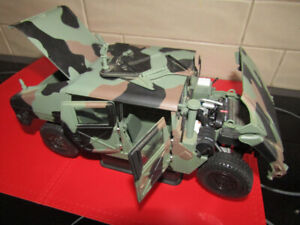 die-cast 1:18 Exoto 1997 AM General Humvee, Thunder Trac, >700$