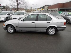BMW 3-Series 4dr Sedan 1995