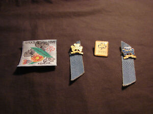 4 - Girl Guide Collectible Pins & Patch 1970's Belleville Belleville Area image 1