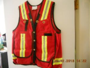 NEW treen safety vest