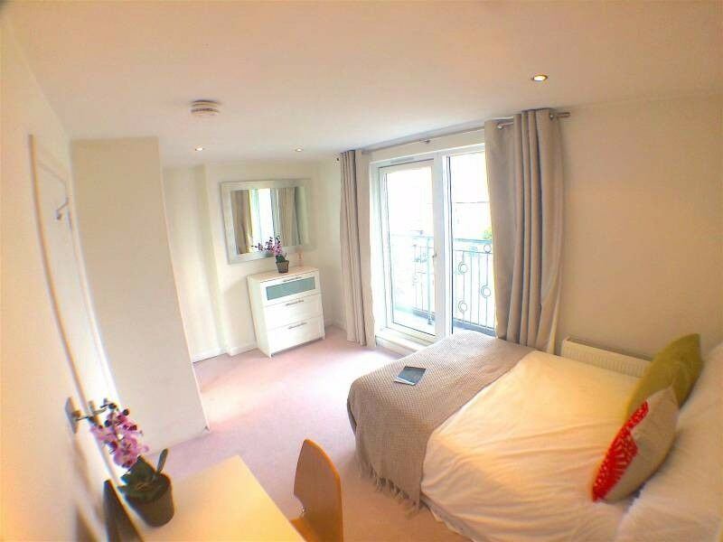Cheap double in Zone 2, near Plaistow! Call now 07961548874