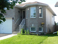 OPEN HOUSE TODAY, AUG 2nd FROM 2 TO 4 (NOT ON MLS TIL NEXT WEEK)