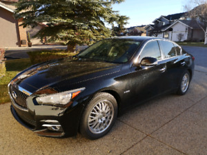 2014 Infinity Q50 Hybrid no accident, no gst