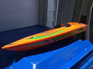 Speed Boat The Hammer Bateau a vitesse