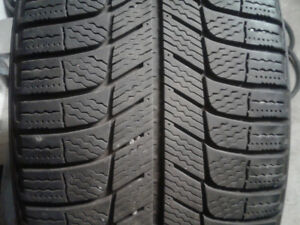 Michelin X Ice  235/50R/18 Winter Tires and Mags-like NEW