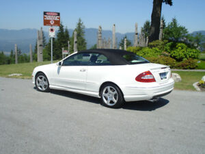 2009 Mercedes-Benz CLK- 350 AMG Convertible 1 OWNER 19,900 KMS