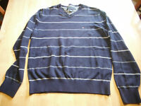 Tommy Hilfiger chandail colle en V (Small)