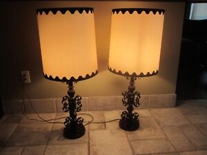 Vintage Gothic Style Wrought Iron Black Metal TABLE LAMP Cambridge Kitchener Area image 3