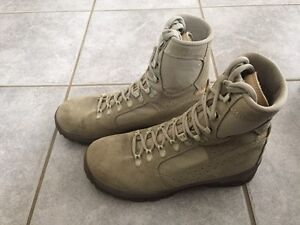 Like New Meindl Combat Boots