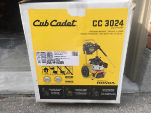CUB CADET GAS-POWERED PRESSURE WASHER FOR SALE!
